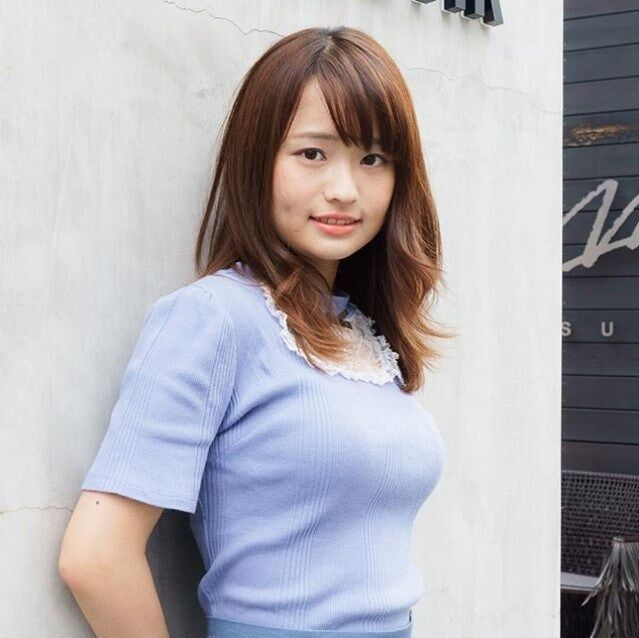 篠原梨菜アナのバストサイズ